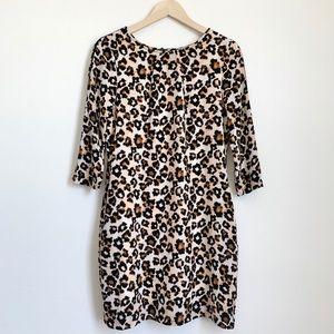 H&M leopard printed dress w/pockets